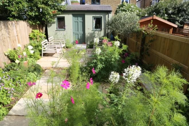 Garden landscaping in Twickenham
